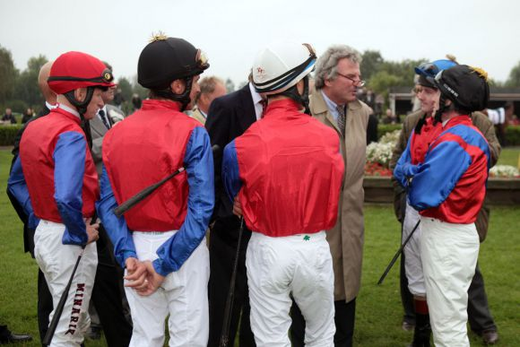 Das Gestüt Schlenderhan war die erfolgreichste Zuchtstätte - nur beim Derby punktete keiner der gleich fünf Starter: www.galoppfoto.de